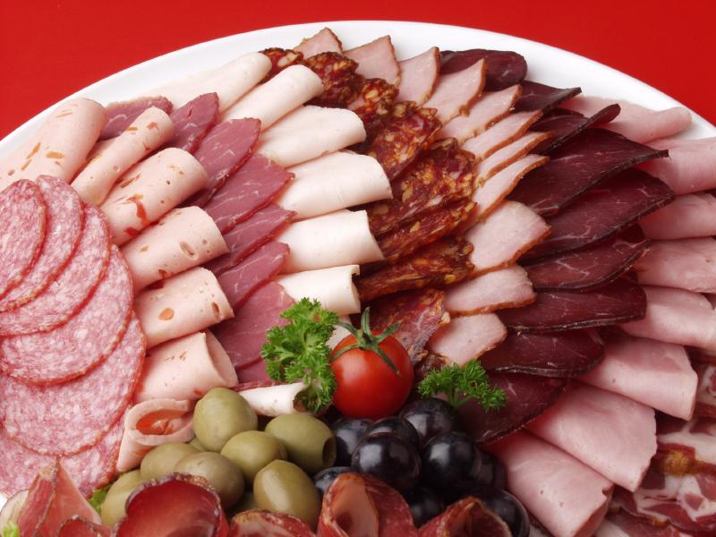 İşlenmiş Et Nedir Sağlık Zararları Nelerdir Salam Sosis Jambon Sucuk Zararlı Mı?