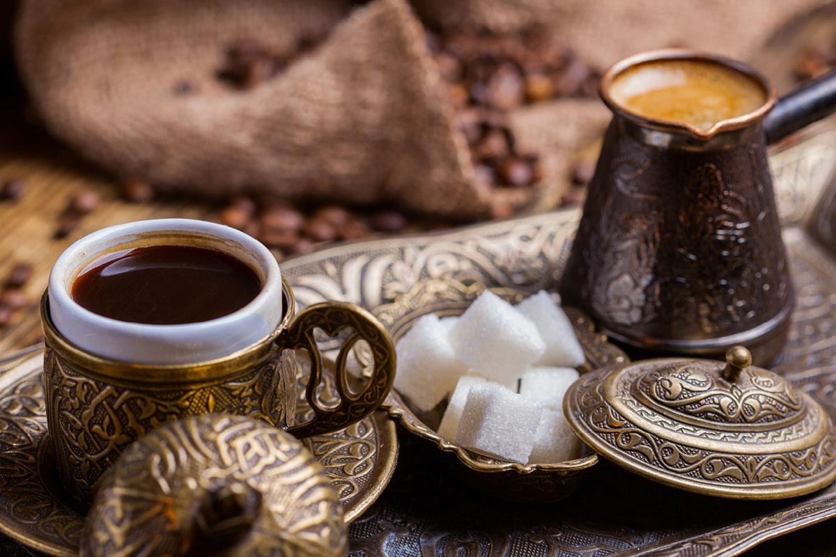 Türk Kahvesini Denemeniz İçin 5 Neden Ve Türk Kahvesi Nasıl Yapılır?